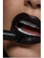Lipstick Aeronaut Colourpop Preto