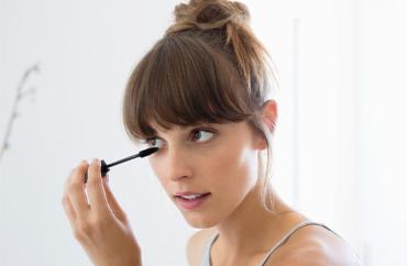 Faça uma maquiagem natural em 5 minutos